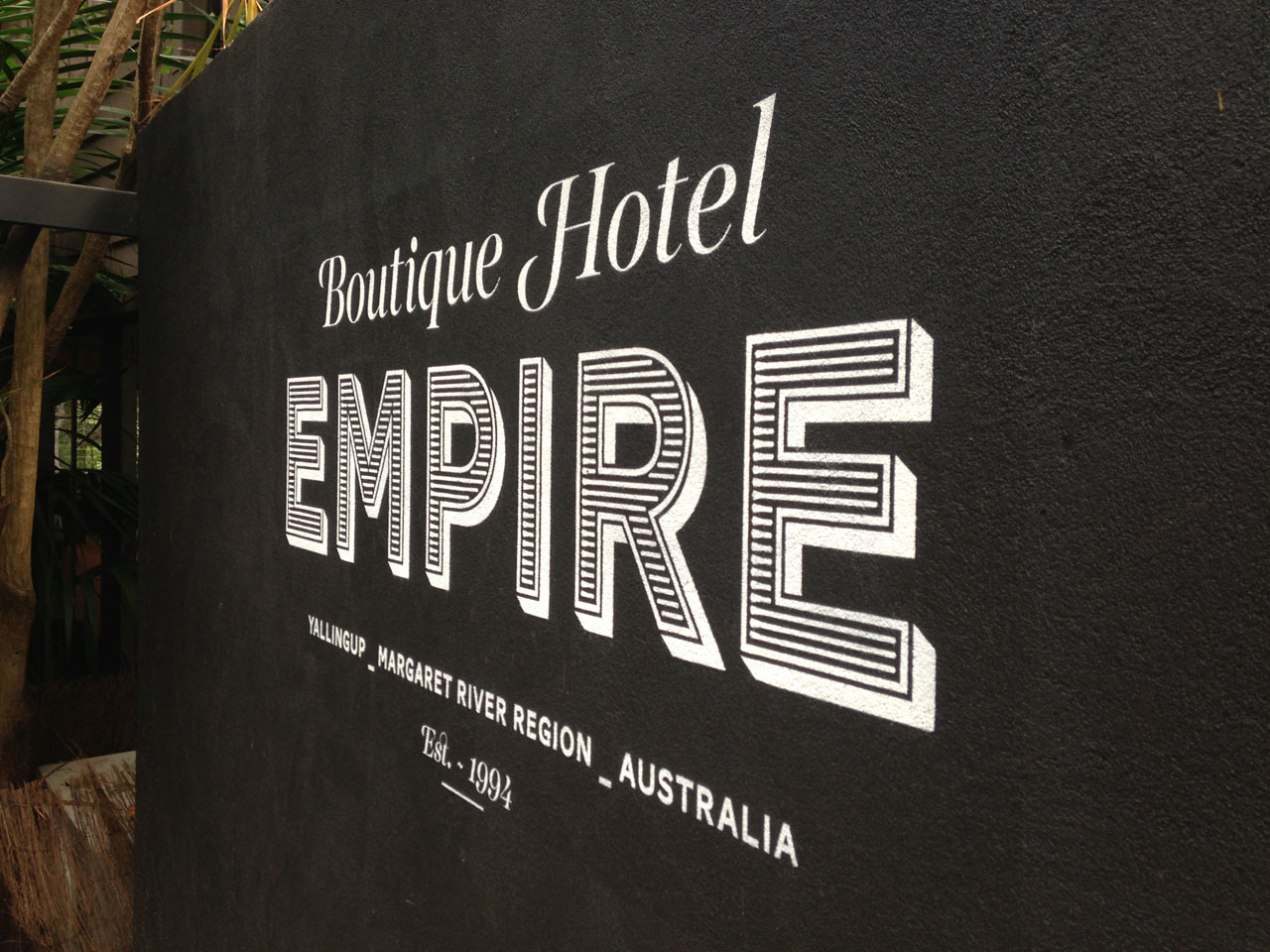 Traditional Signwriting Empire